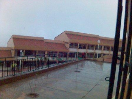 Salles de classes (autre angle)